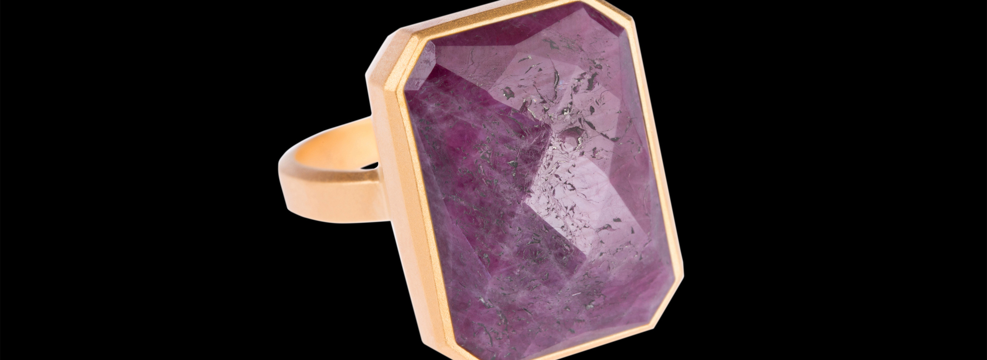 ringly-pink-sapphire1