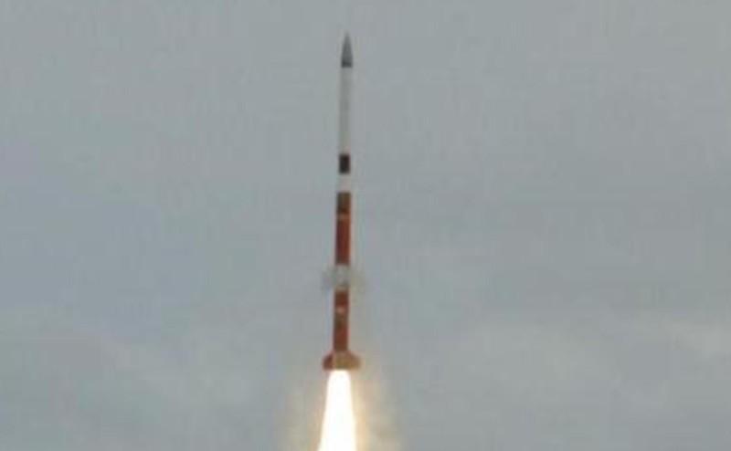 Lançamento_do_foguete_brasileiro_de_médio_porte_VSB-30_V07_da_Base_de_Alcântara